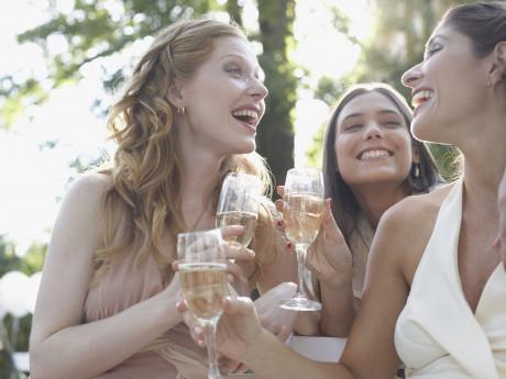 n-WOMEN-FRIENDS-460x345